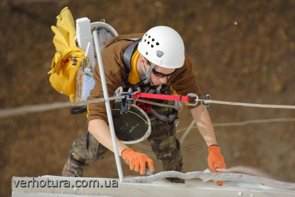 Мастика для герметизации швов стеновых панелей